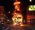 London riots, bus on fire