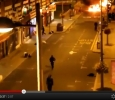 London riots, looters smashing shop windowsjj